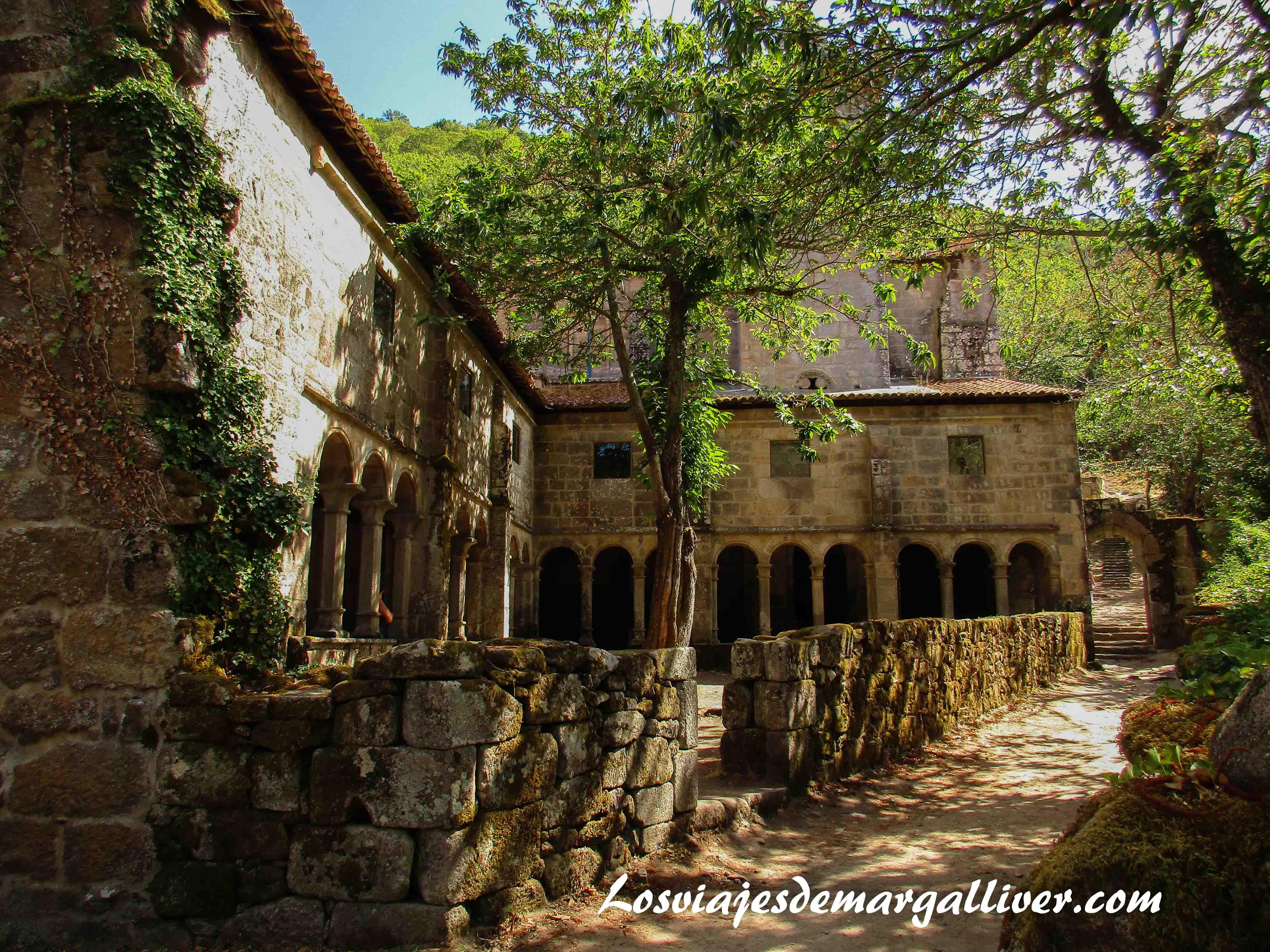 Monasterio de Sta. Cristina do Ribas do Sil en la Ribeira Sacra - Los viajes de Margalliver